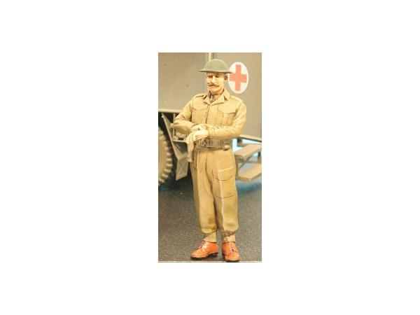 1/35 WW2 British Officer #1 (Helmet/Watch)