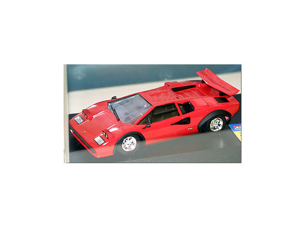 1 24 Lamborghini Countach Lp500s 1983 By Microace Hobbylink Japan