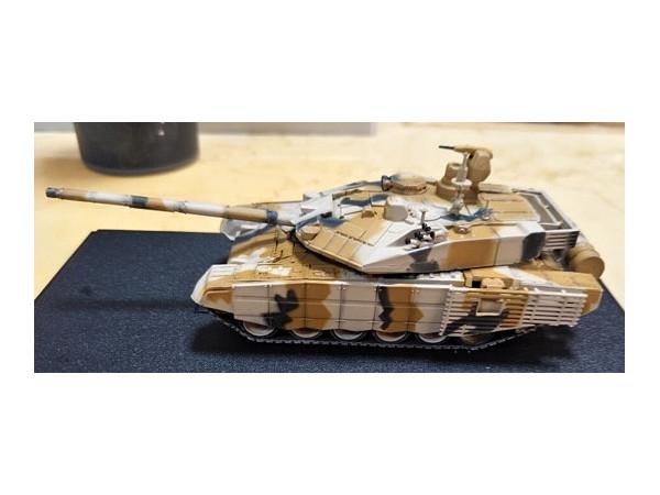cc8b329c9a21 1 72 Russian T-90MS Main Battle Tank Desert Camouflage