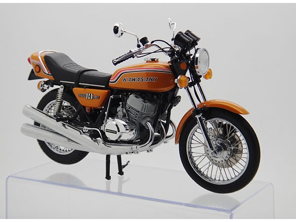 1/12 Kawasaki 750SS Mach (Resin Kit) by Wit's | HobbyLink Japan